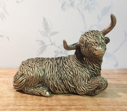 Bronzed Highland Cow Decorative Ornament ~ Sitting